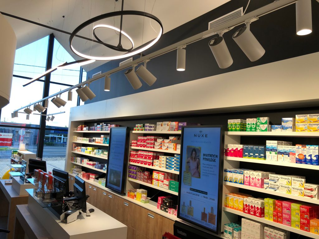 2Lite-lightdesign-licht-ontwerp-Pharmacie_Bastien_Wellin-1