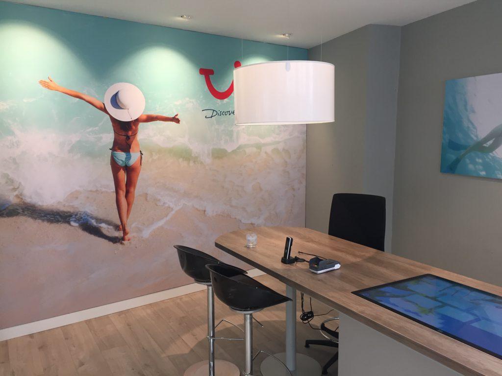 2Lite-lightdesign-licht-ontwerp-Tui_travel-Brugge-2