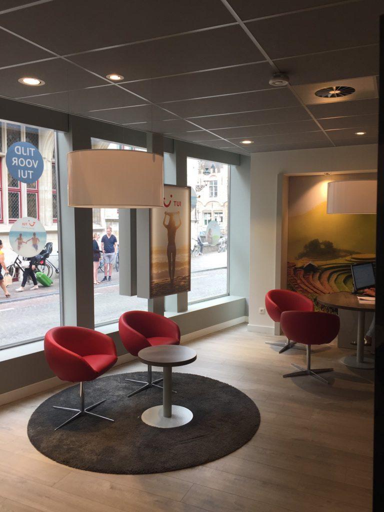 2Lite-lightdesign-licht-ontwerp-Tui_travel-Brugge-4