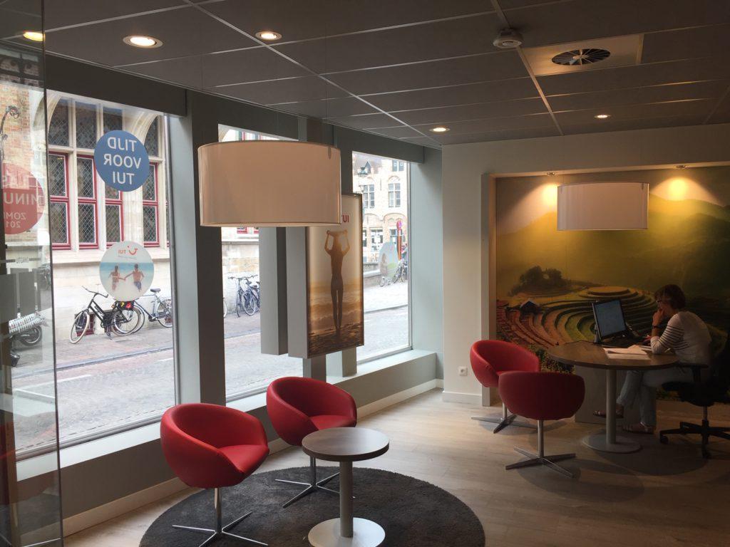 2Lite-lightdesign-licht-ontwerp-Tui_travel-Brugge-5